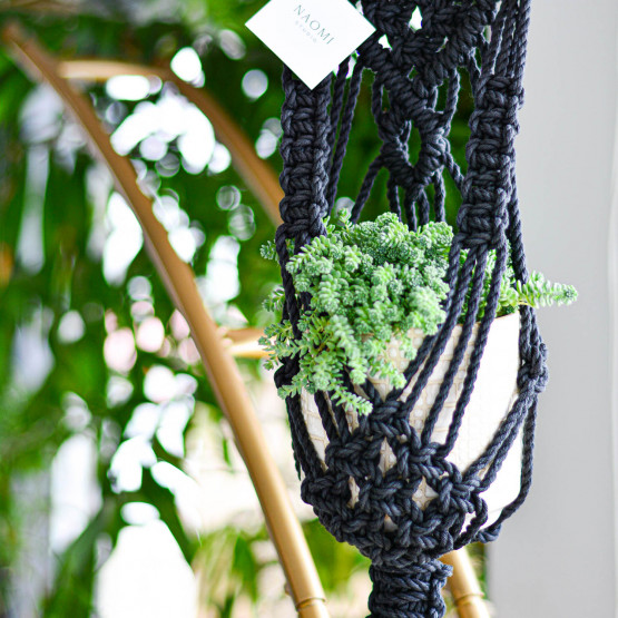 NAOMI-LORRAINE Black Macrame Plant Hanger